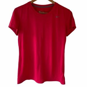 Nike Dri-fit Pink Active T-shirt Size Medium